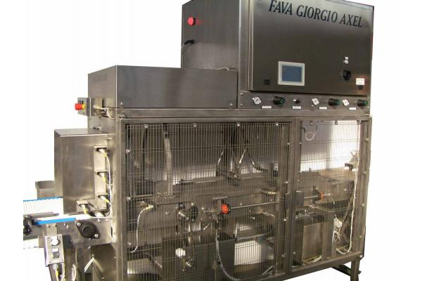 Macchinari industriali: Universal molds pressing machine